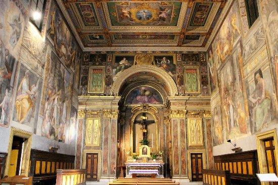 ORATORIO DEL SANTISSIMO CROCIFISSO:  Scrigno di Arte Manieristica nel cuore di Roma