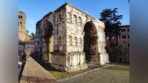 """""""Il Mito si fa Storia: leggende, culti ancestrali, Ercole contro Caco, Amulio contro i Gemelli, il popolo romano contro i Tarquini!"""""""